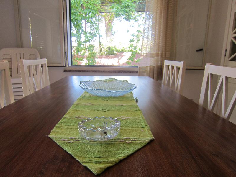Il tavolo depacato del soggiorno